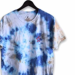 Blue tan grey tie dye t shirt embroidered red star